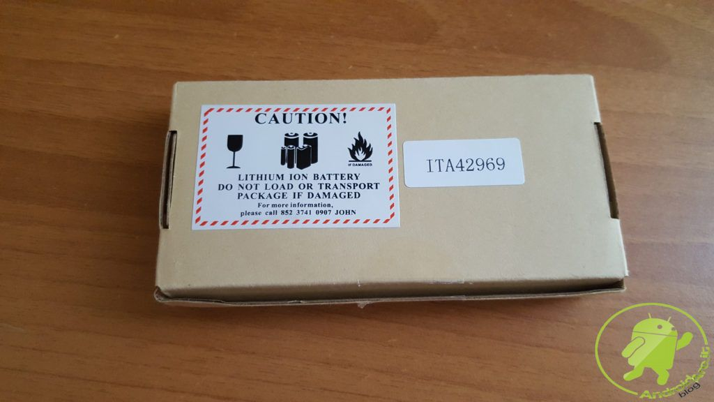 confezione-retro-powerbank-pb-n26