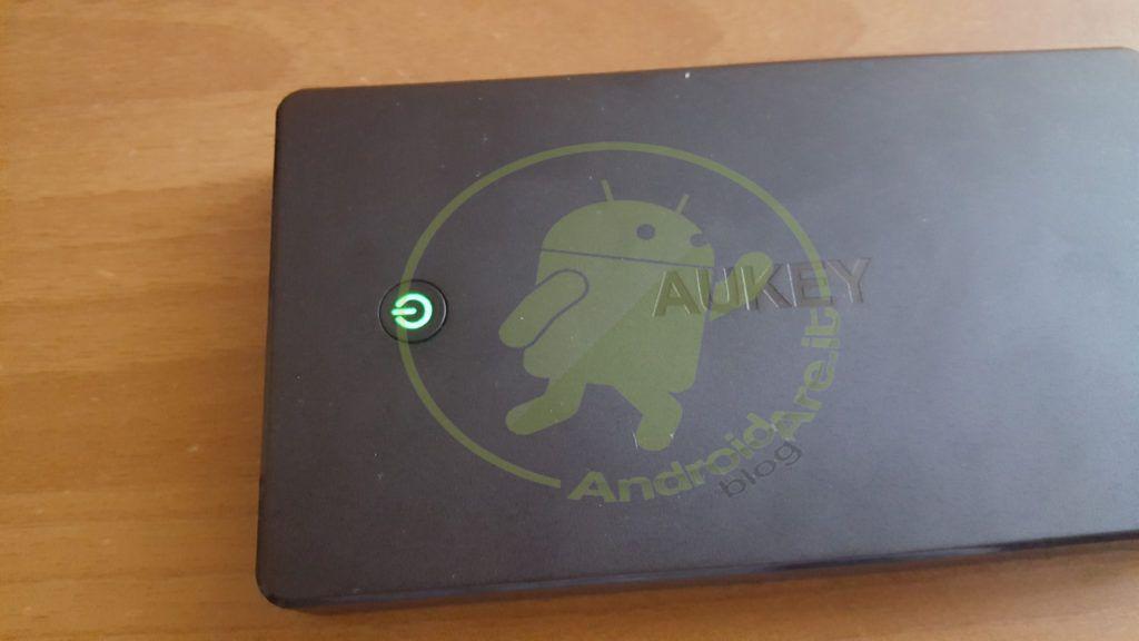 led-powerbank-20000-aukey