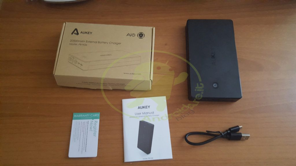 unboxing-aukey-20000-androidare