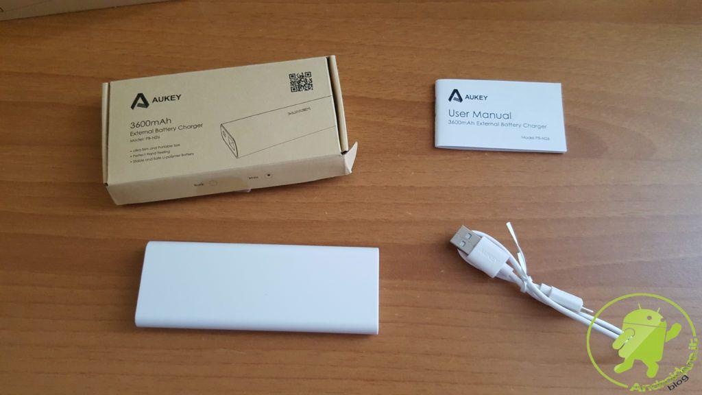 unboxing-powerbank-aukey-pb-n26