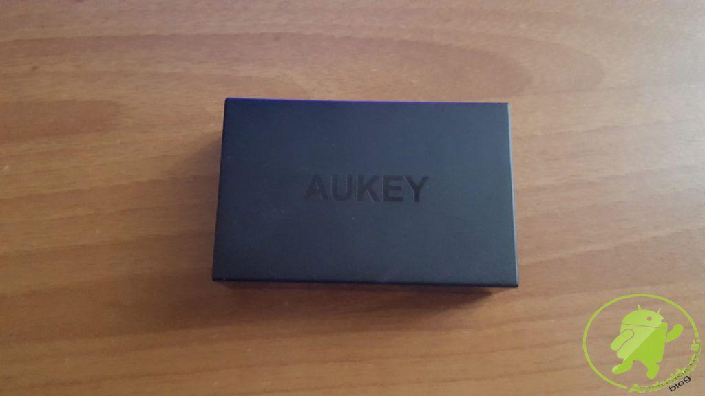 caricatore-tavolo-dimensione-aukey